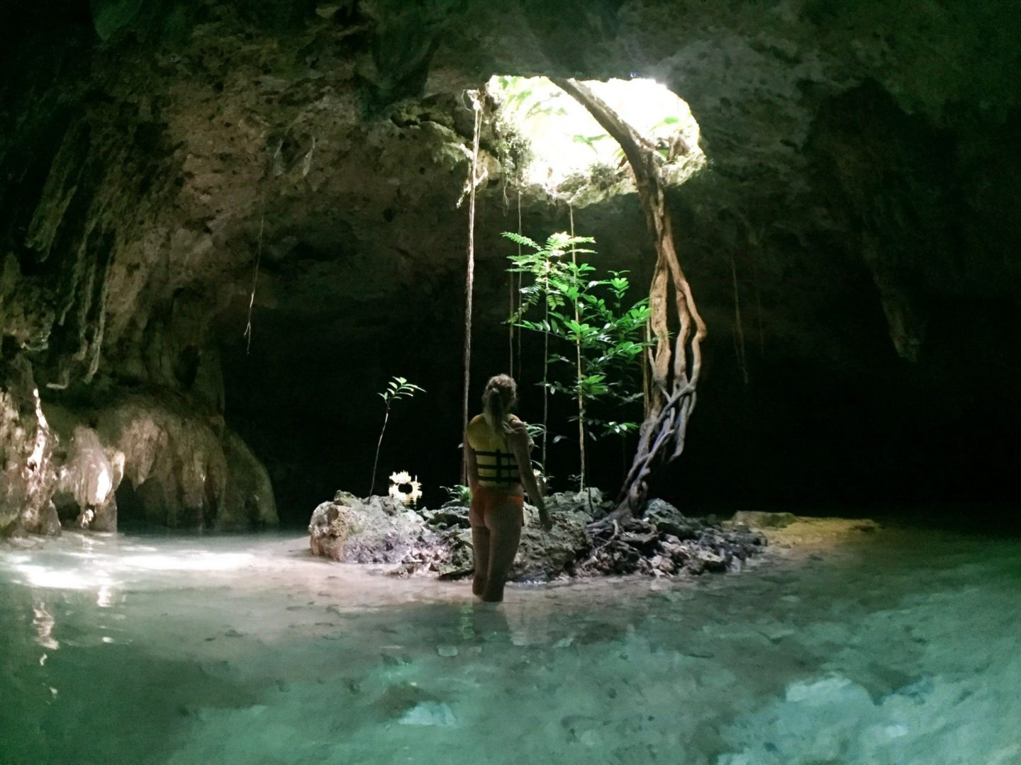 The Complete Guide to Visiting Cenote Sac Actun